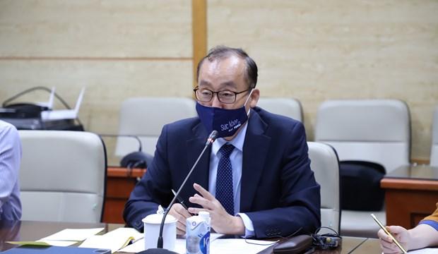 Patentiza OMS disposicion de acompanar a Vietnam en combate contra COVID-19 hinh anh 1