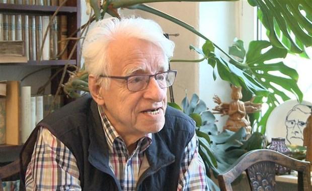 Resalta profesor aleman experiencias compartidas por maximo dirigente vietnamita sobre socialismo hinh anh 1
