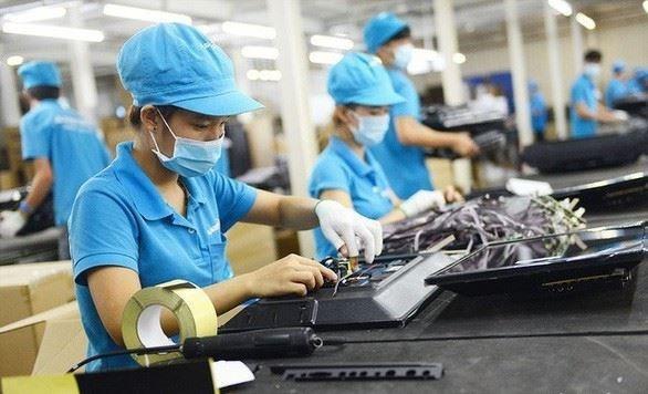 Vietnam ofrece mayor apoyo a trabajadores afectados por el COVID-19 hinh anh 1