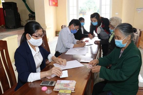 Ciudad Ho Chi Minh despliega rapidamente paquete de apoyo a afectados por COVID-19 hinh anh 1