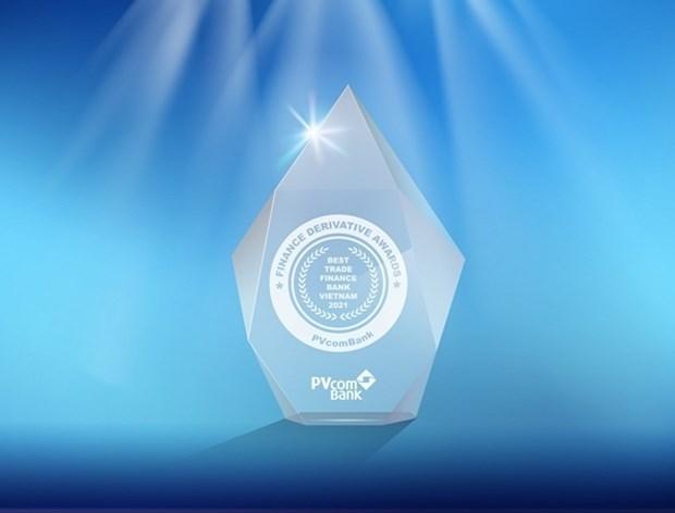 Banco vietnamita PVcomBank gana prestigiosos premios internacionales hinh anh 1
