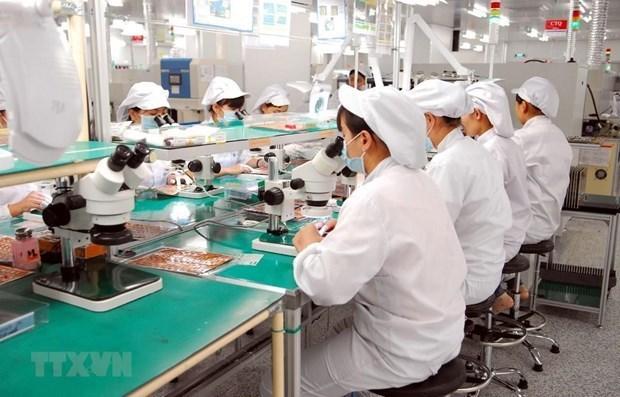 Lideran telefonos y componentes las exportaciones de Vietnam en lo que va de ano hinh anh 1