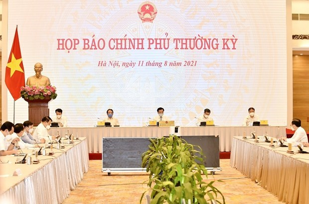 Vietnam continua acelerando la vacunacion masiva contra el COVID-19 hinh anh 1