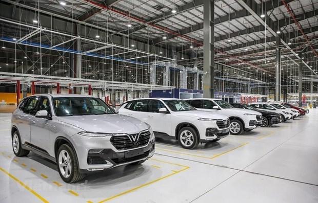 COVID-19 golpea ventas de automoviles en Vietnam en julio hinh anh 1
