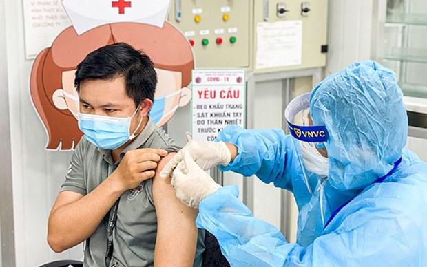 Provincia vietnamita acelera ritmo de vacunacion contra el coronavirus hinh anh 1