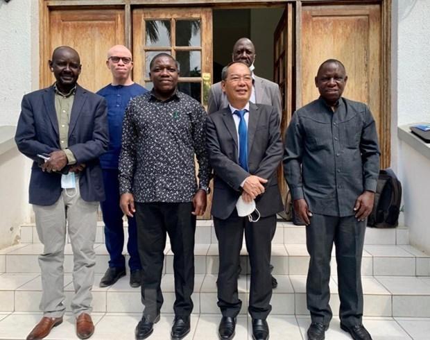 Vietnam y Tanzania buscan desarrollar cooperacion bilateral en materia de inversiones hinh anh 1