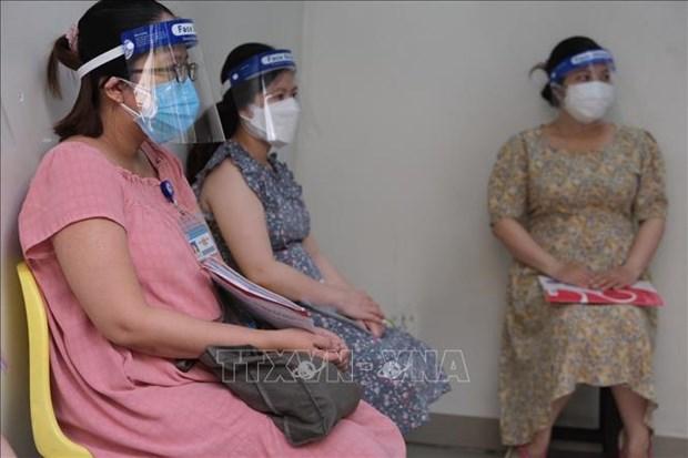 Implementa Ciudad Ho Chi Minh vacunacion contra COVID-19 para embarazadas hinh anh 1