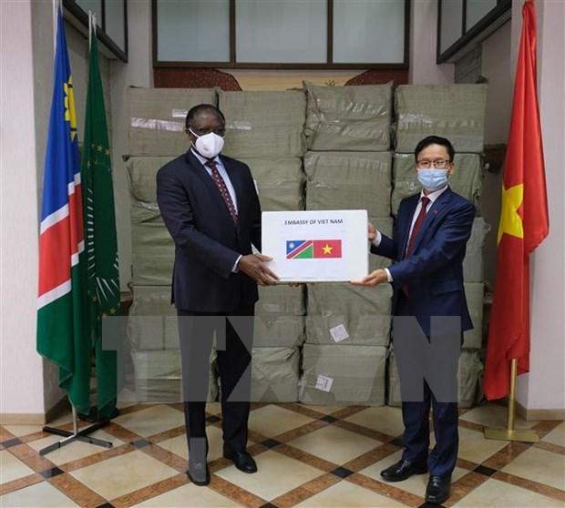 Vietnam apoya la lucha contra el COVID-19 en paises africanos hinh anh 1