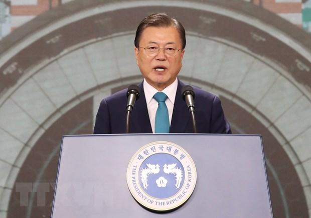 Dirigentes de Vietnam felicitan a Corea del Sur por el Dia de Liberacion Nacional hinh anh 1