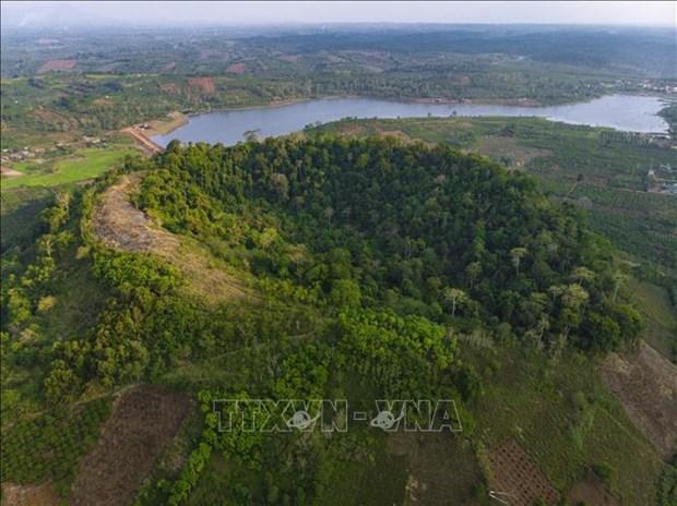 Exploran geoparque global unico en provincia altiplana de Vietnam hinh anh 1