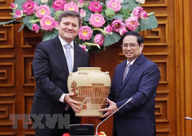 Primer ministro de Vietnam recibe al embajador polaco hinh anh 1