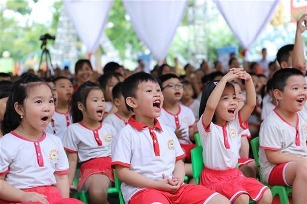 Alumnos de Hanoi comenzaran el ano academico el 1 de septiembre hinh anh 1