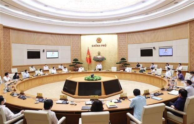 Exigen perfeccionar instituciones a favor del desarrollo de Vietnam hinh anh 2