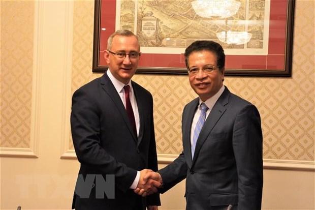 Provincia rusa de Kaluga promueve cooperacion con Vietnam hinh anh 1