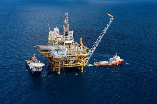 Supera empresa petrolera vietnamita meta de ganancia en primeros siete meses hinh anh 1