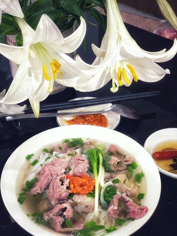 Hanoi atrae a los visitantes gracias a su riqueza gastronomica hinh anh 1