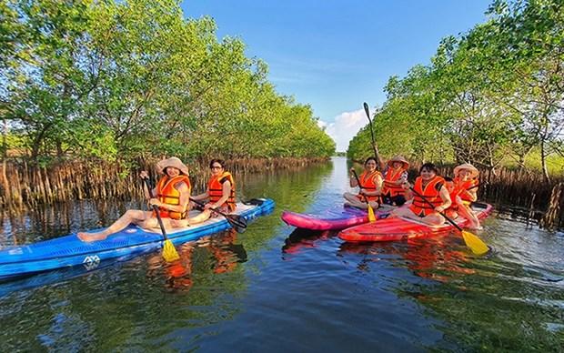 Vietnam se fija la meta de figurar entre paises con alta competitividad turistica del mundo hinh anh 1