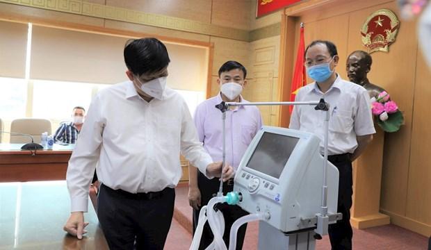 Trasladaran a Ciudad Ho Chi Minh 200 ventiladores mecanicos hinh anh 1