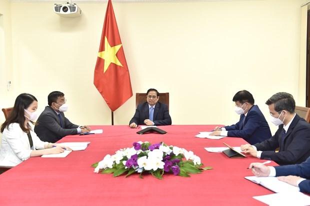 Instan a Pfizer a priorizar entrega de vacuna contra COVID-19 a Vietnam hinh anh 1