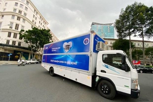 Donan a Ciudad Ho Chi Minh vehiculos de diagnostico de conoravirus hinh anh 1