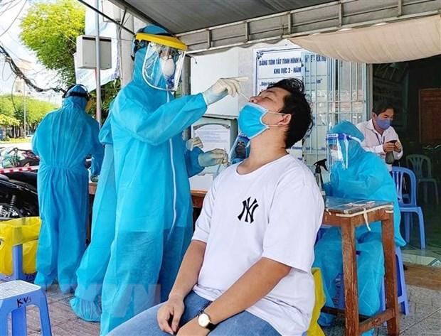 COVID-19: Mas de 12 mil casos nuevos registrados en Vietnam hinh anh 1