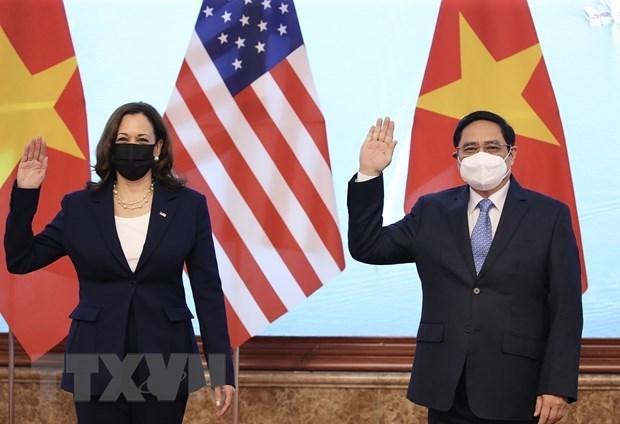 Vietnam desea recibir respaldo continuo de Estados Unidos para controlar el COVID-19 hinh anh 1