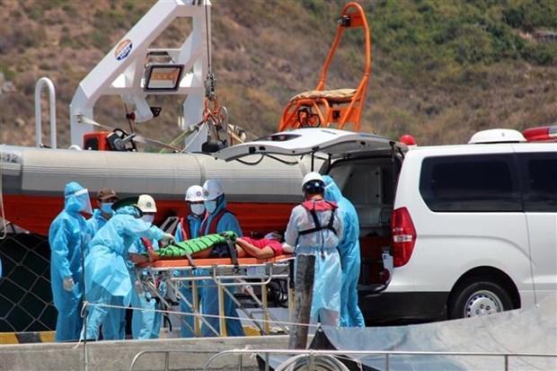 Rescatan a pescador accidentado en archipielago vietnamita de Truong Sa hinh anh 1