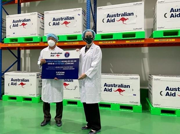 Recibe Vietnam 403 mil dosis de vacunas contra COVID-19 donadas por Australia hinh anh 1