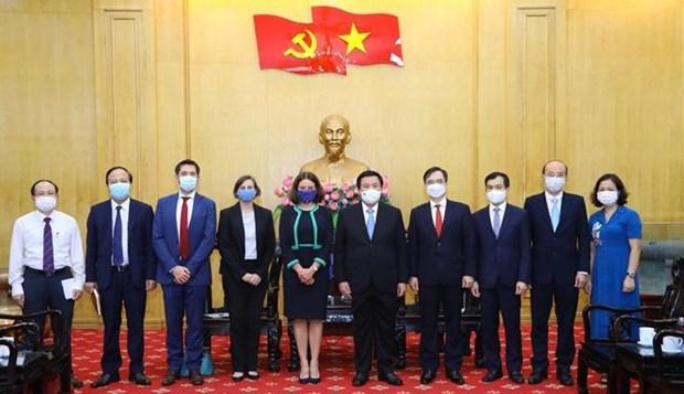 Fortalecen capacitacion y desarrollo de capacidad para la futura generacion de lideres vietnamitas hinh anh 1