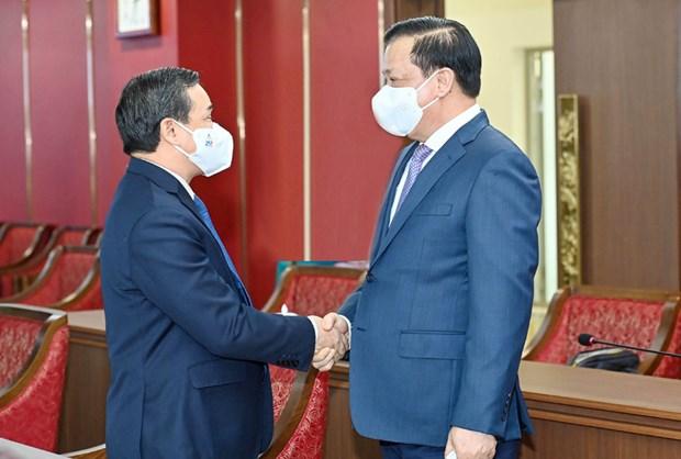 Intensifican Hanoi y Vientiane cooperacion multifacetica hinh anh 1