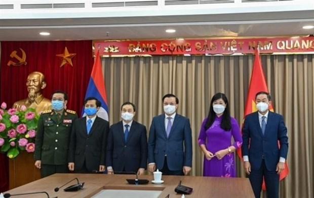 Intensifican Hanoi y Vientiane cooperacion multifacetica hinh anh 3