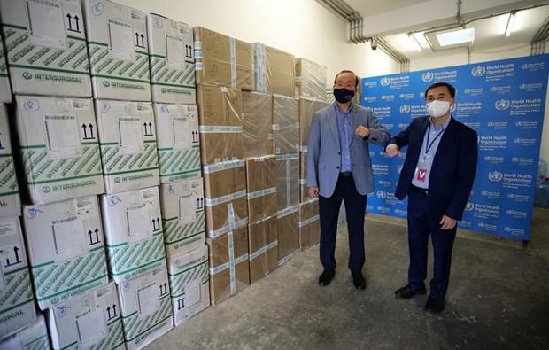 OMS dona insumos medicos a Vietnam para combatir el COVID-19 hinh anh 3
