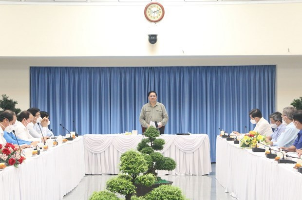 Primer ministro de Vietnam insta a centrar recursos en la garantia de vida de poblacion hinh anh 1