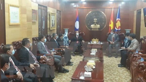 Destaca Laos amistad, solidaridad especial y cooperacion integral con Vietnam hinh anh 1