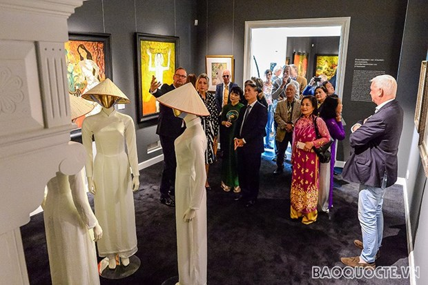 Organizan en Paises Bajos exposicion de pinturas sobre Vietnam hinh anh 2