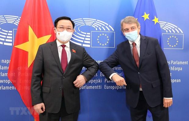 Medio aleman destaca significado de la visita del presidente del Parlamento de Vietnam a Europa hinh anh 1