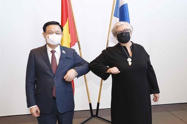 Presidente del Parlamento de Vietnam se reune con su homologa finlandesa hinh anh 1