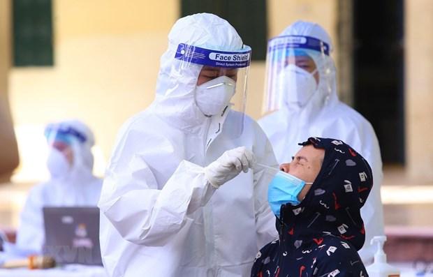COVID-19: Mas de 12 mil pacientes recuperados en Vietnam hinh anh 1
