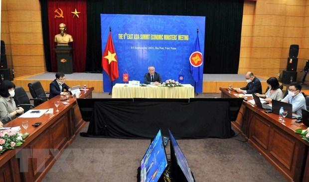 ASEAN y socios debaten cooperacion economica y crecimiento sostenible hinh anh 1
