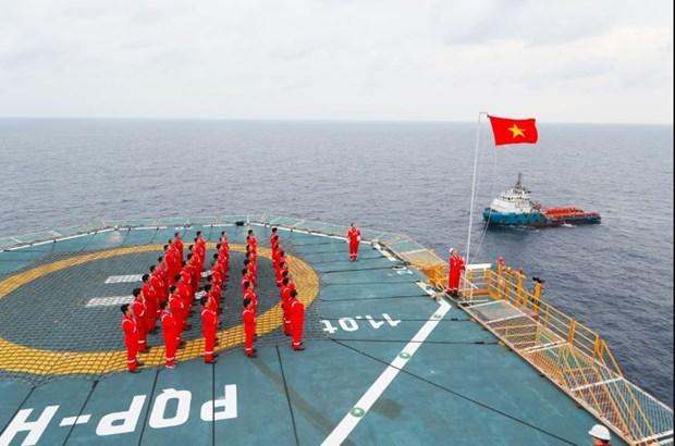 PetroVietnam cumple objetivos comerciales y de produccion hinh anh 1