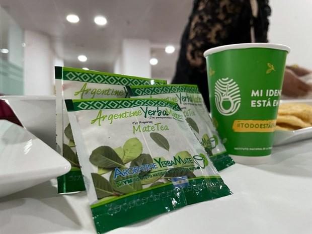 Comercializan en Vietnam producto argentino de yerba mate hinh anh 1