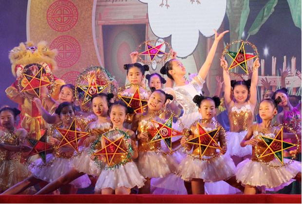 Efectuaran en Vietnam programas artisticos para difundir amor en medio del COVID-19 hinh anh 1