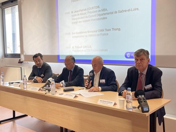 Debaten en Francia sobre perspectivas de libre comercio entre Vietnam y la UE hinh anh 1