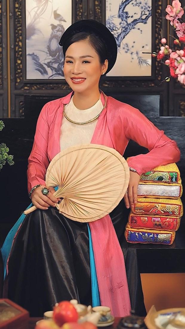 Artista promueve la cultura vietnamita a traves de TikTok hinh anh 1