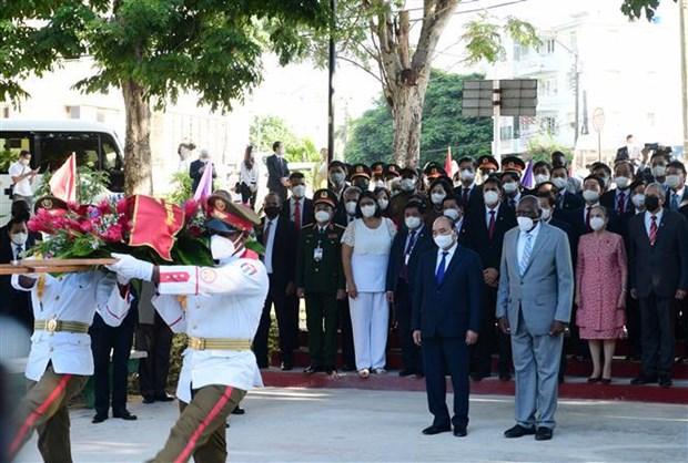 Consolidan Vietnam y Cuba cooperacion en diversos sectores hinh anh 3