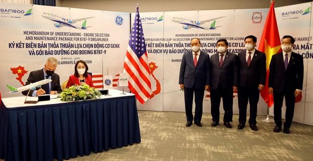 Rubrican acuerdo por dos mil millones de dolares Bamboo Airways y General Electric hinh anh 2