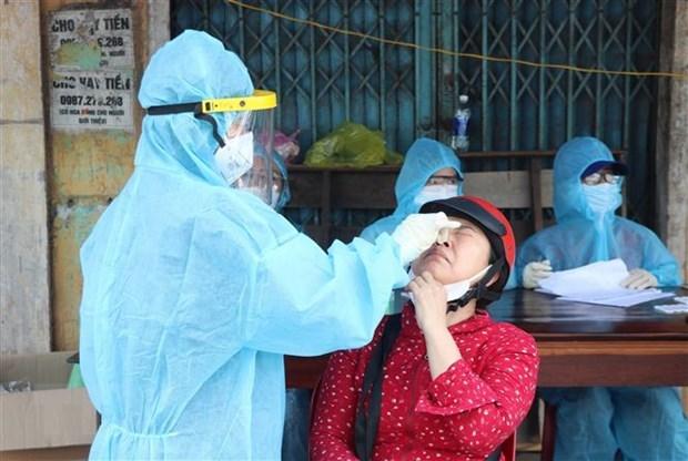 Confirma Vietnam mas de 11 mil nuevos casos del coronavirus hinh anh 1