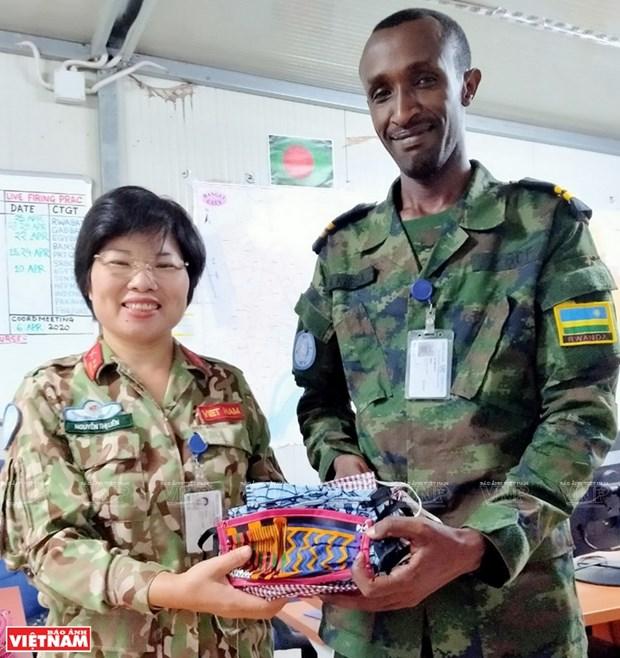 La destacada labor de una oficial vietnamita en la Republica Centroafricana hinh anh 4
