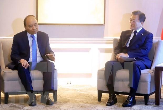 Presidente de Vietnam dialoga con dirigentes de paises y organizaciones internacionales hinh anh 1