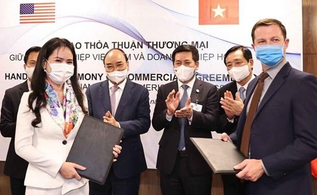 Vietnam y EE.UU. firman memorando de entendimiento sobre cooperacion en energias renovables hinh anh 1